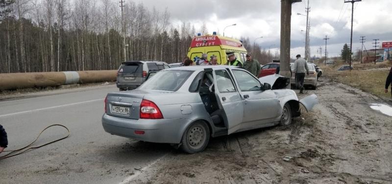 Стало плохо за рулем: в Югре водитель легковушки погиб на месте ДТП