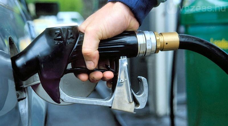 ФАС потребовал у Антипинского НПЗ увеличить производство топлива