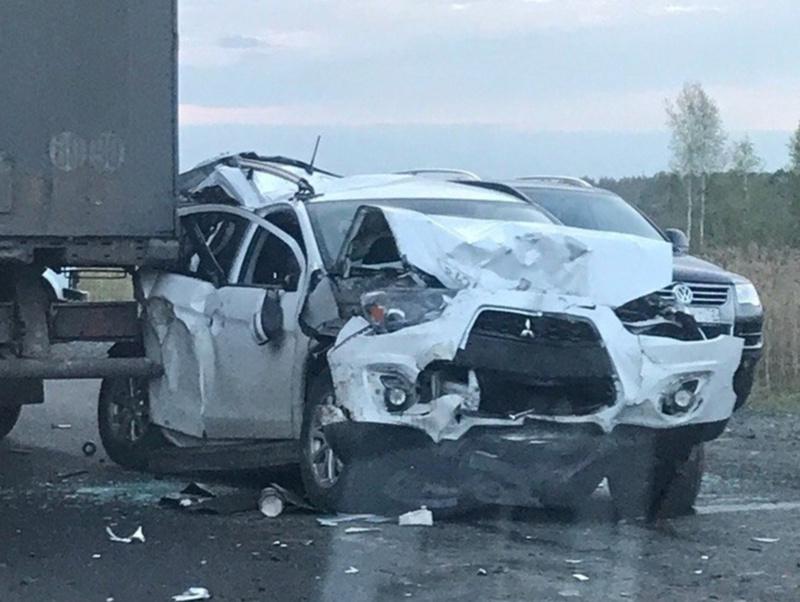 Подробности о пострадавших в жуткой аварии с фурой
