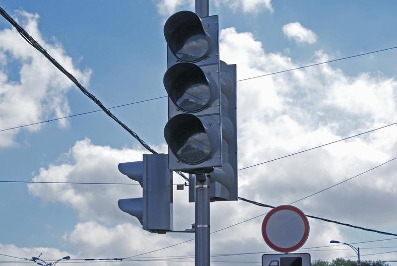 В Тюмени на нескольких улицах потухнут светофоры