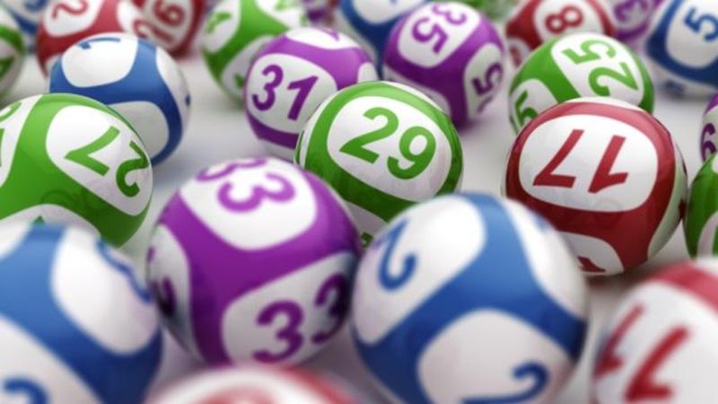 Награда за постоянство: спустя 18 лет мужчина выиграл 2 миллиона в лотерею