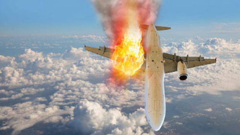 Самолет авиакомпании UTair загорелся в воздухе вместе с иностранными болельщиками