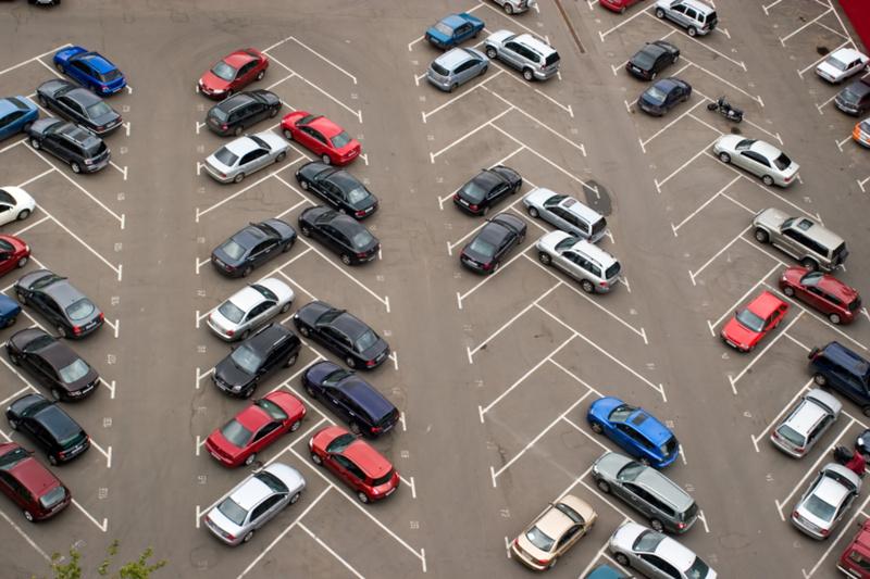 В Тюмени появилось больше 500 парковочных мест