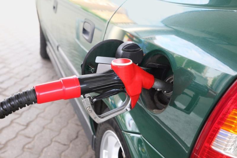 На Ямале и в Югре резко повысилась стоимость топлива