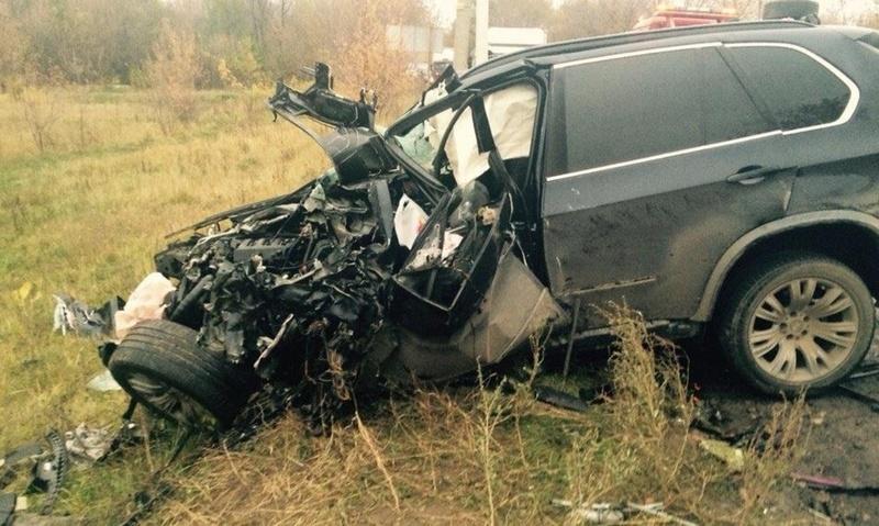 Пассажир BMW погиб в трагическом ДТП на югорской трассе