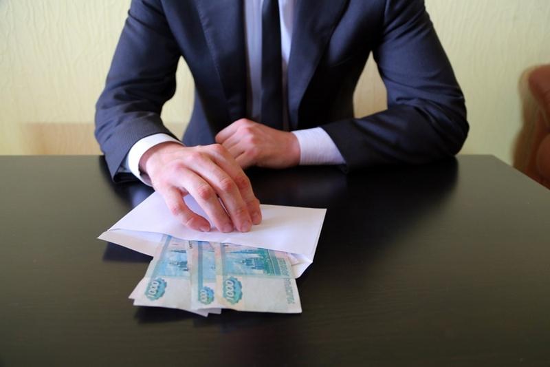 Тюменскую фирму накажут за подкуп
