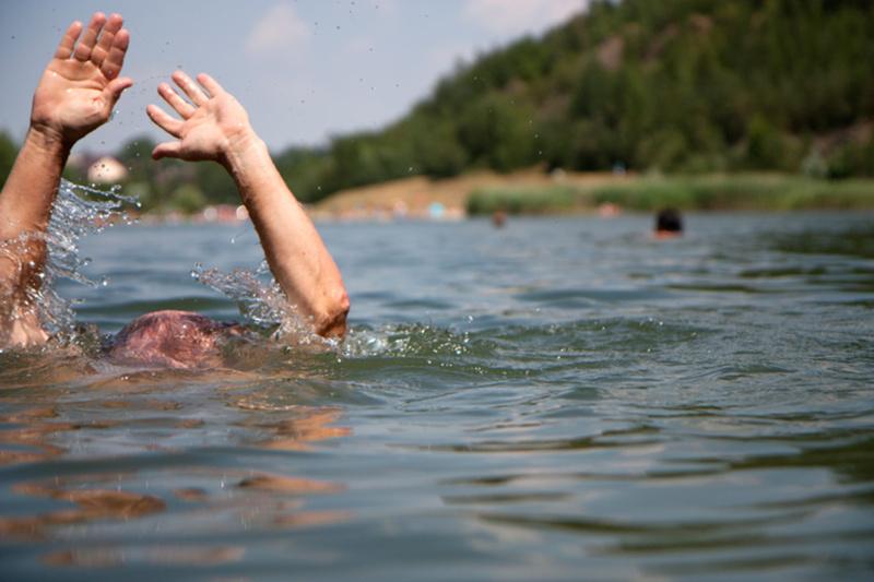 17-летний подросток утонул на диком пляже