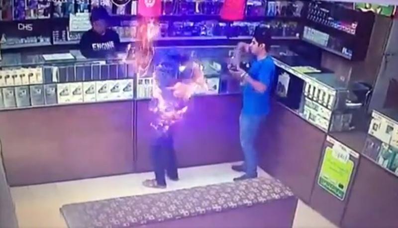 Молодой человек сгорел после того, как у него в руках взорвалась зажигалка