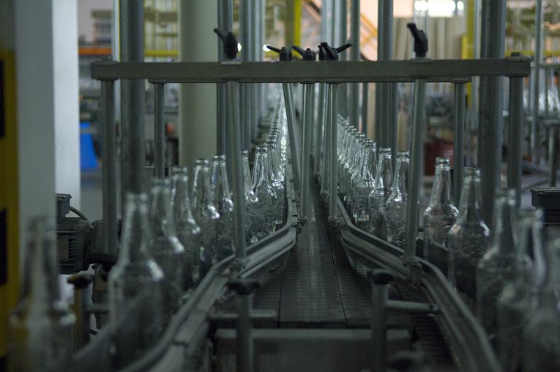 Тюменский стекольный завод начал выпускать новую продукцию