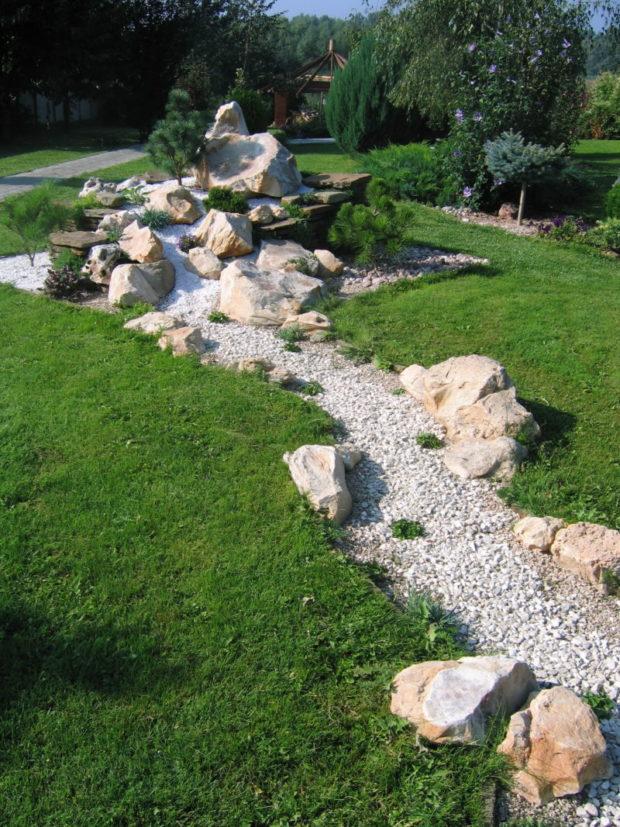 Как сделать сухой ручей своими руками на даче: 4 совета по созданию